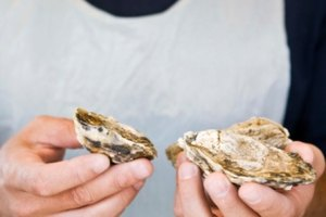 How to Soak Oysters to Get Out Sand