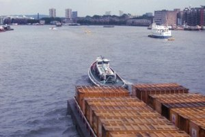 Types of Barges