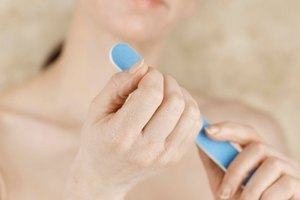 How to Use a Nail Kit