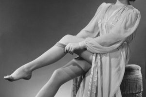What Types of Hosiery Did Women Wear in the 50's?