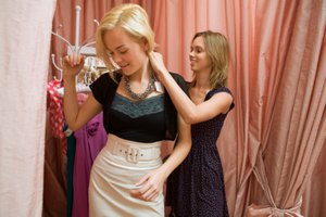 How to Set Up a Clothing Boutique Store
