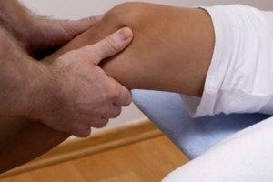 Ejercicios para ayudar a aflojar las rodillas rígidas