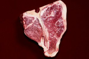 How to Marinade Steaks for Tenderness