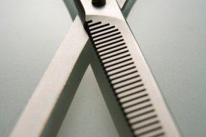 Cómo cortar tu cabello con tijeras de entresacar