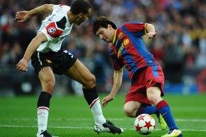 Descripción física y rasgos de un jugador de fútbol