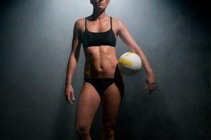 Ejercicios de aptitud física para voleibol femenino