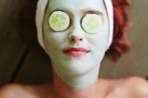 How to Sleep With Cucumbers on Your Eyes