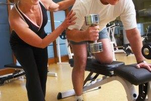 ¿Puede un hombre de más de 45 años ganar musculatura?