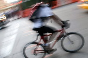 ¿Por qué se agotan tus muslos en una bicicleta?