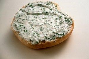 ¿Cuántas calorías hay en el queso crema filadelfia?