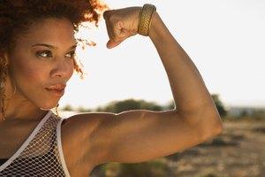 Los brazos no se extienden completamente después de levantar pesas