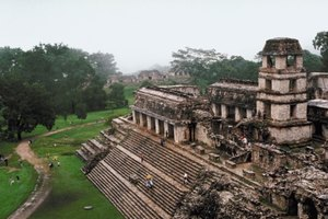 What Kinds of Dwellings Did the Mayans Live In?