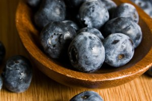 How to Sweeten Blueberries