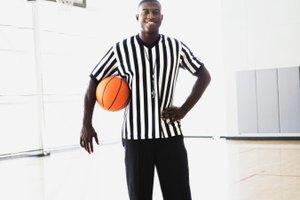 ¿Cual es el mejor material para el tablero trasero de una canasta de baloncesto?