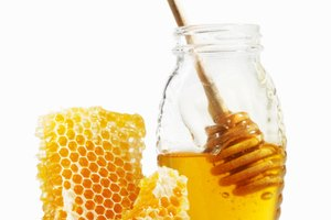 How to Store Raw Honey After It Is Opened