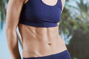 ¿Qué causa rollos de grasa debajo del ombligo?