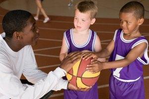 Juegos de baloncesto para niños de cuatro años