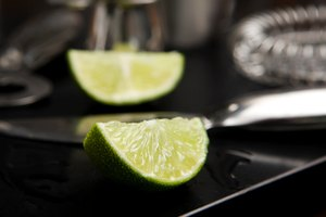 How to Muddle Limes