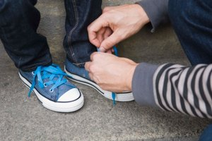 How to Tie a Double Tongue Converse