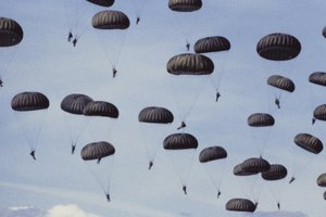 How to Be in the 101st Airborne Division