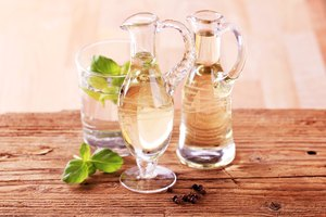 What Are the Benefits of Drinking Vinegar Daily?