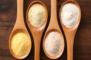 Corn Starch Vs. Rice Flour As Thickening Agent
