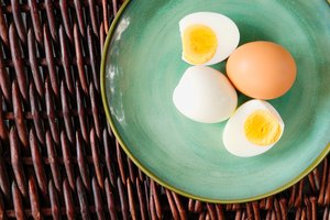 How to Hard-Boil Eggs in a Microwave