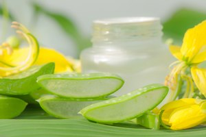 How Does Aloe Help Relieve Sunburns?