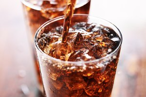 How to Decarbonate Soda