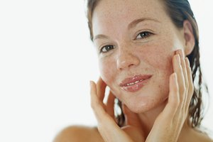 List of Moisturizers With Alpha Hydroxy Acid