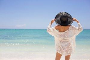 What is Resort Chic Wear?