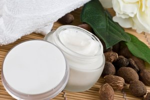 How Does Body Lotion Help the Skin?