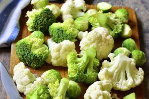 How to Store Fresh Broccoli & Cauliflower