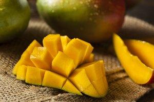 How to Make Mango Wine