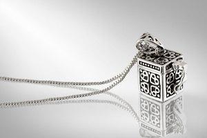 How to Identify Brighton Jewelry