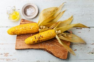 How to Heat Frozen Corn on the Cob