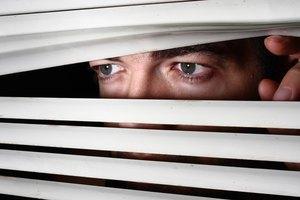 ¿Cuáles son las causas del voyeurismo?