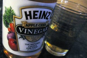 How to Colon Cleanse With Vinegar