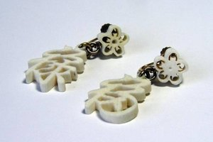How to Clean Ivory Jewelry