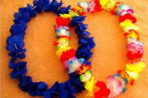 How to Make Fake Leis