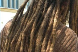 How to Grow Dreads With Curly Hair