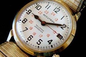 How to Adjust Speidel Watch Bands
