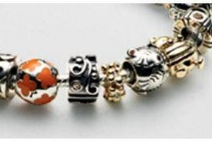 How to Build a Pandora Bracelet