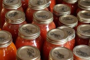 How Do Lids Seal on Canning Jars?