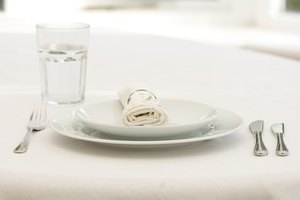 Place Setting Etiquette for Salad Plates