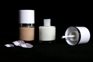 How to Make Your Own Nail Liquid Acrylic