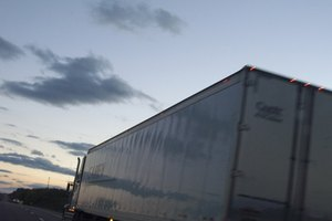 How to Bid on Loads for Trucking