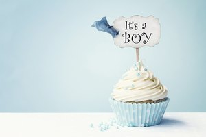 How to Create Your Own Free Favor Labels for a Baby Shower