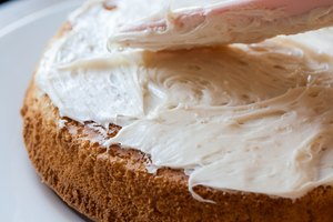 How to Thicken Frosting Without Sugar