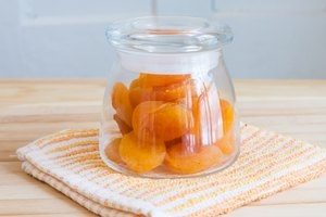 How to Dehydrate or Dry Apricots